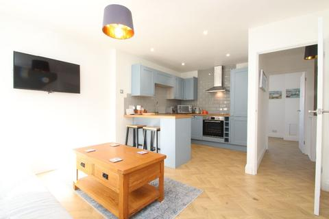 3 bedroom apartment for sale - Magdalen Court, Broadstairs