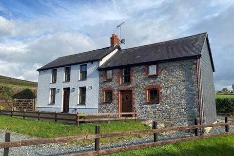 4 bedroom property with land for sale - Glanduar, Llanybydder , SA40