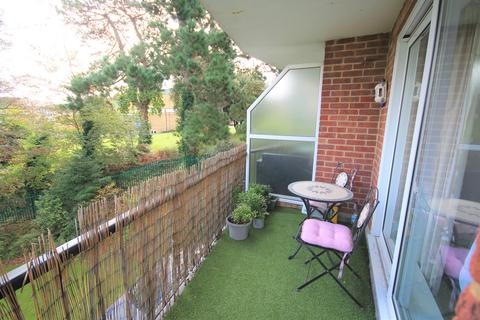 2 bedroom apartment to rent - 239 Belle Vue Road, Bournemouth, BH6