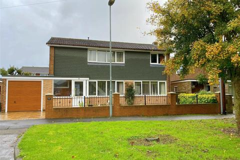 4 bedroom detached house for sale - Cragside, Sedgefield, Stockton-On-Tees