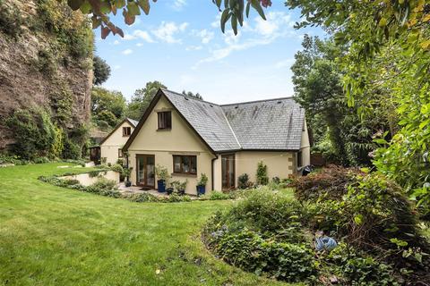 4 bedroom detached house for sale - Truro