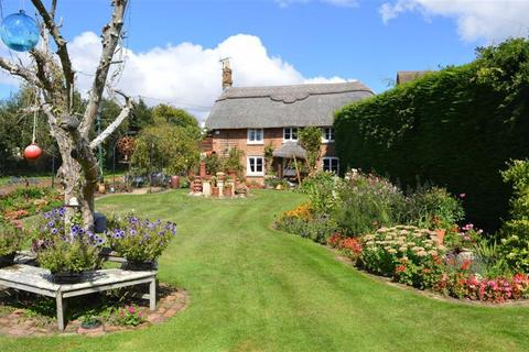 3 bedroom cottage for sale - Quarr Lane, Poole