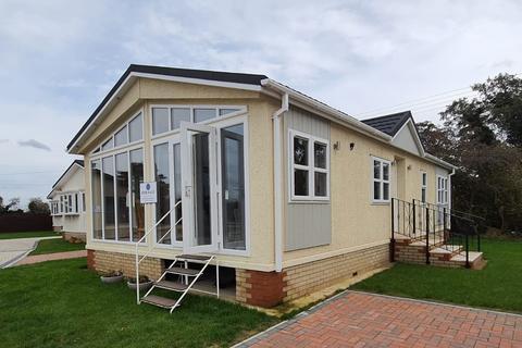 2 bedroom park home for sale - Bury St. Edmunds, Suffolk, IP28