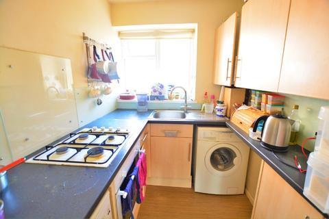 Studio to rent - Eaton Place, Kemptown, Brighton, BN2 1EW