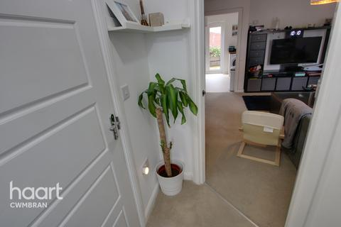 3 bedroom semi-detached house for sale - John Jobbins Way, Pontypool