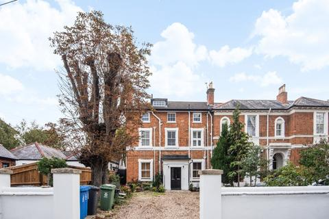 2 bedroom flat for sale - Ray Park Ave, , Maidenhead, SL6 8DY