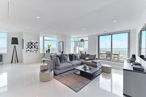 3 bedroom flat to rent - Pan Peninsula Square, Nr Canary Wharf, London, E14