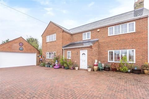 4 bedroom detached house for sale - Longcot, Faringdon, SN7