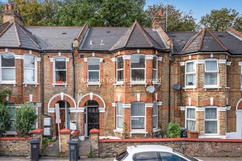 4 bedroom house to rent - Sandrock Road London SE13