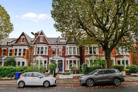 1 bedroom flat - Beckwith Road, London, SE249LG