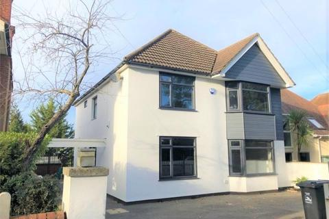 4 bedroom detached house to rent - Canford Cliffs Road, Poole