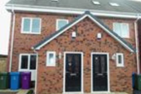3 bedroom semi-detached house to rent - Proto Close, Speke