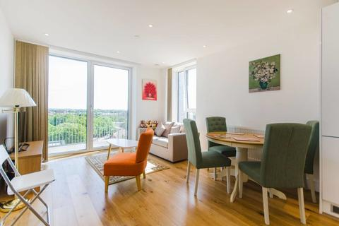 1 bedroom apartment - Thanet Tower, Caxton Street North, London, E16