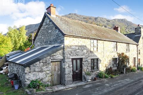 3 bedroom semi-detached house - Llangynog, Powys, SY10