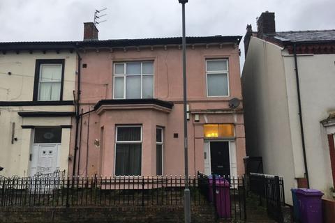 2 bedroom flat - Flat 1, 77 Wellington Avenue, Liverpool