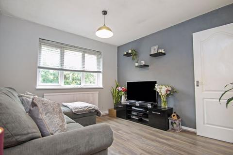 1 bedroom apartment for sale - Perry Close, Uxbridge