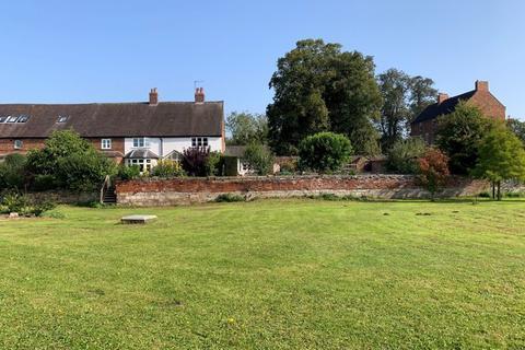 4 bedroom farm house for sale - St Thomas' Mill Farm, Baswich Lane, Tixall, Stafford, ST18 0YD