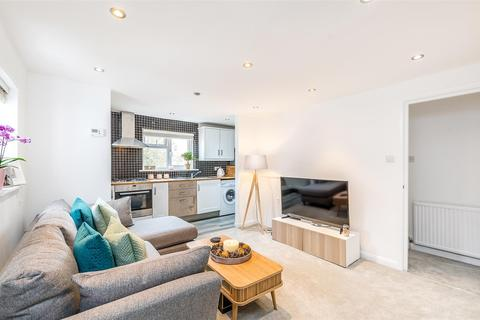 1 bedroom flat for sale - Thornlaw Road, West Norwood