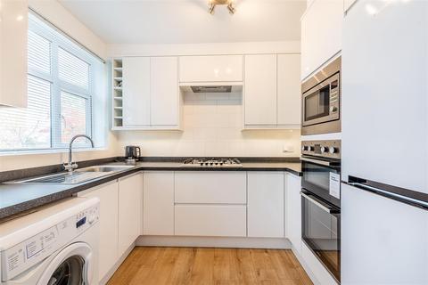 3 bedroom maisonette for sale - Abbots Park, London