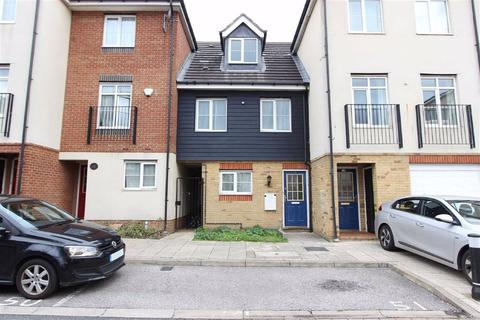 3 bedroom house for sale - Blackthorn Road, Ilford, Essex, IG1