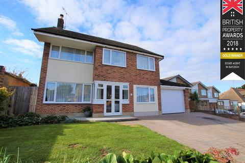4 bedroom detached house to rent - Eastview Drive, Rayleigh, SS6