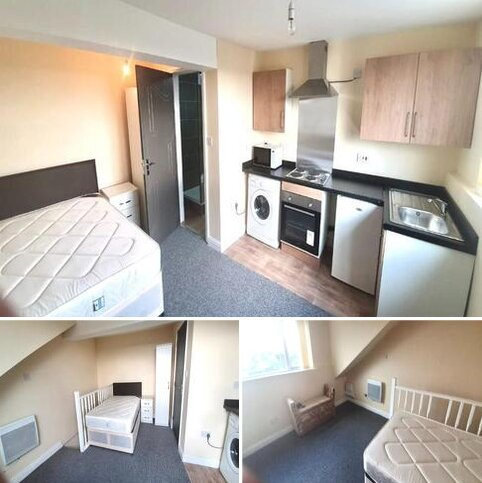 Studio to rent - Flat 4,  Grape Street, Allerton, Bradford