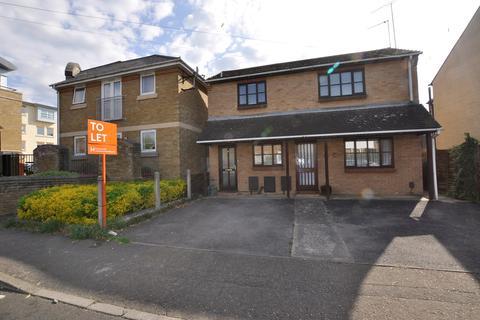 2 bedroom maisonette to rent - Seymour Street, Chelmsford, CM2