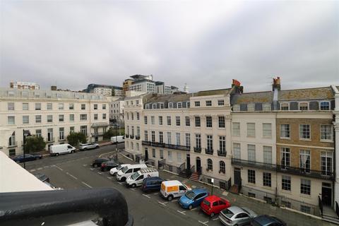 2 bedroom flat - Portland Place, BRIGHTON