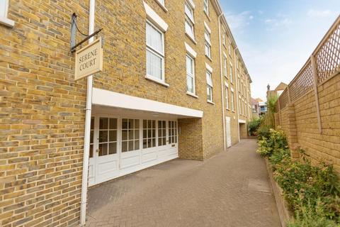 2 bedroom flat for sale - York Street, Broadstairs