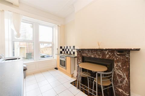 Studio to rent - St George's Terrace, Jesmond, Newcastle Upon Tyne