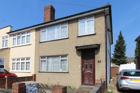 3 bedroom end of terrace house to rent - Woodcote Avenue, Elm Park