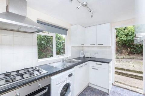3 bedroom flat to rent - Garratt Terrace, London, SW17