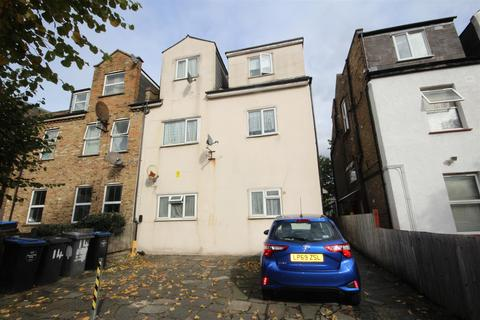 2 bedroom flat for sale - Connaught Road, Harlesden, London