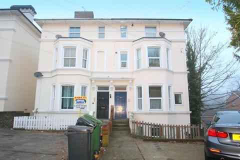 1 bedroom flat to rent - Top Flat, 25 Buckland HillMaidstoneKent