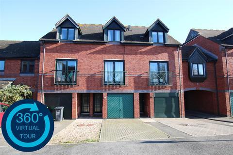 3 bedroom townhouse - Chandlers Walk, Haven Banks, Exeter