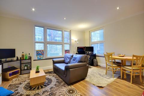 1 bedroom apartment to rent - High Street, Uxbridge, Middlesex UB8 1LQ