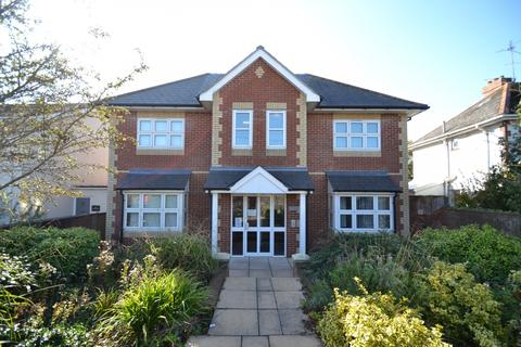 2 bedroom flat for sale - Swanage