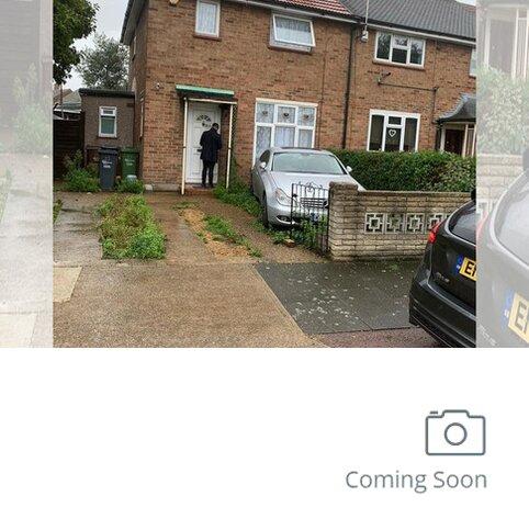 3 bedroom semi-detached house to rent - Charlton Crescent , Barking IG11