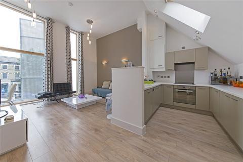 2 bedroom apartment to rent - Trevanion Road, London, W14