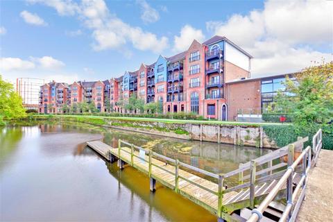 2 bedroom flat for sale - Medway Wharf Road, Tonbridge, Kent