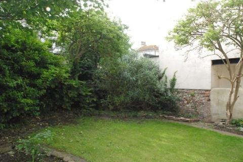 2 bedroom flat to rent - Alexandra Villas, Brighton