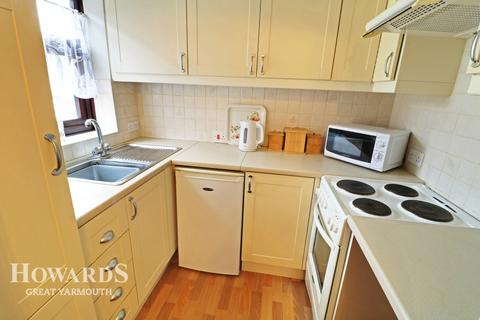 2 bedroom apartment for sale - St Peters Plain, Great Yarmouth