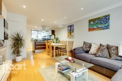 2 bedroom terraced house - Glanville Road, Brixton