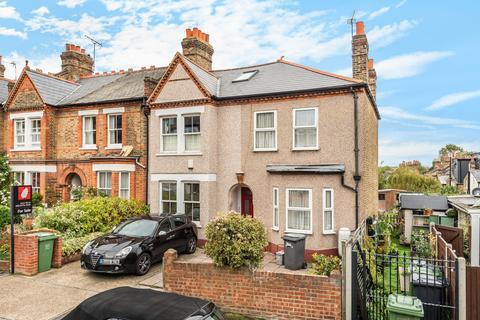 3 bedroom terraced house - Niederwald Road London SE26