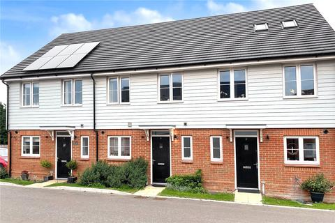 3 bedroom terraced house for sale - Viburnum Chase, Angmering, West Sussex