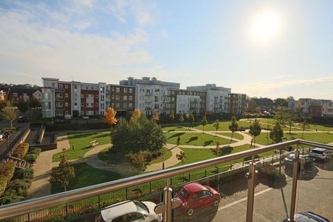 2 bedroom apartment for sale - Heron Way, Maidenhead