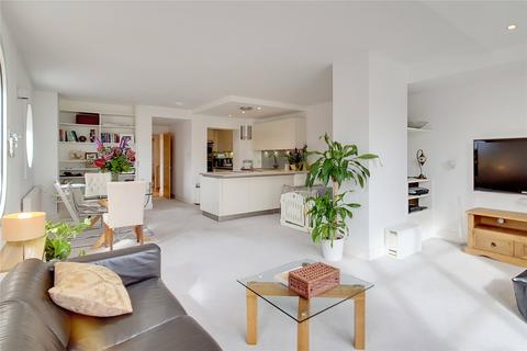 3 bedroom apartment for sale - Cascades Tower Westferry Road E14