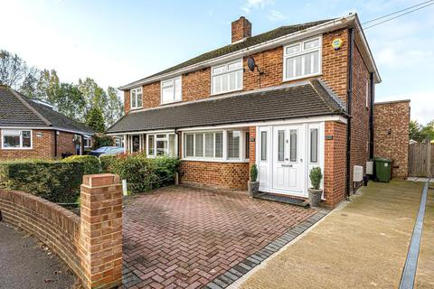 3 bedroom semi-detached house for sale - Brightside Avenue, Staines-Upon-Thames, TW18