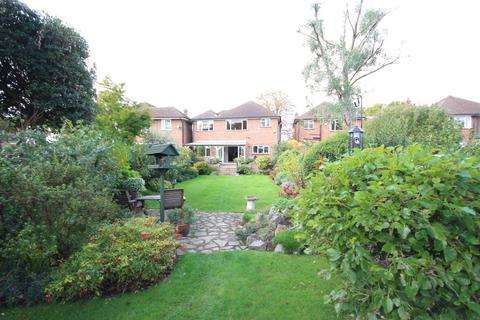 4 bedroom detached house for sale - Ray Lea Road, Maidenhead