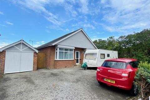3 bedroom detached bungalow for sale - Tatnam Road, POOLE, Dorset